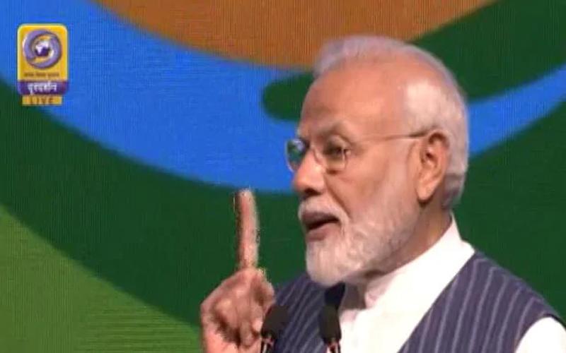 अब सारी दुनिया को सिंगल यूज़ प्लास्टिक को 'बाय बाय' कह देना चाहिए- PM मोदी