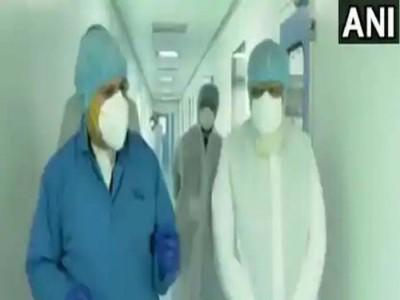 Covid-19 Vaccine: अहमदाबाद में जायडस बायोटेक के प्लांट पहुंचे PM मोदी