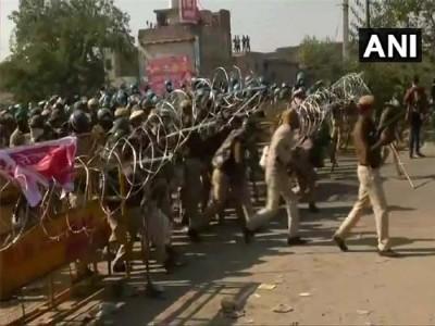 Kisaan Aandolan Live: प्रदर्शन स्थल जाने से किया इनकार, सिंधु और टिकरी से नहीं हटेंगे किसान