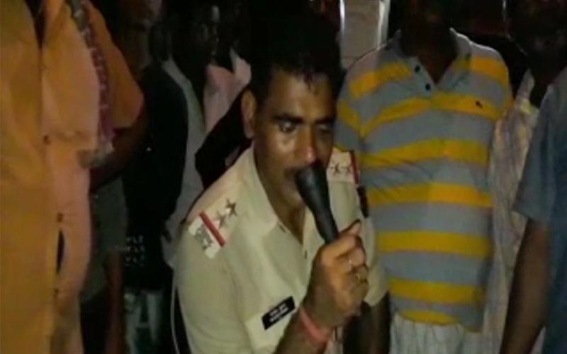 केजरीवाल के घर पहुंची पुलिस,  CM ने कहा- अमित शाह के खिलाफ कब होगी जांच
