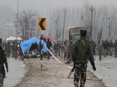 Pulwama Terror Attack: पाक को लगा बढ़ा झटका, भारत सरकार ने लगाया 200 फीसदी सीमा शुल्क
