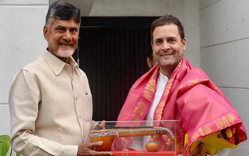 राहुल के मंदिर दर्शन से हुआ कांग्रेस को पूरा फायदा , जानें ये खास बातें