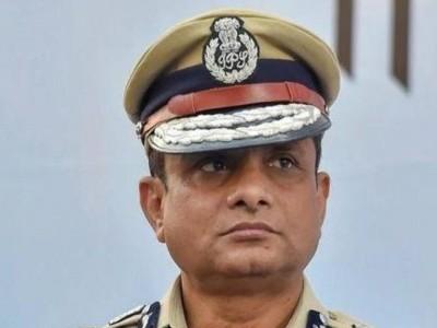 आखिर क्यों CBI की पूछताछ से एक दिन पहले  किया गया कोलकाता पुलिस कमिश्नर राजीव का तबादला...