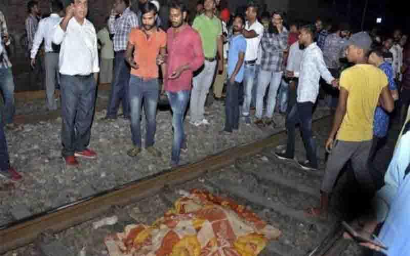 अमृतसर रेल हादसा: सात परिवारों को देंगे सिद्धू आठ-आठ हजार रुपये महिना