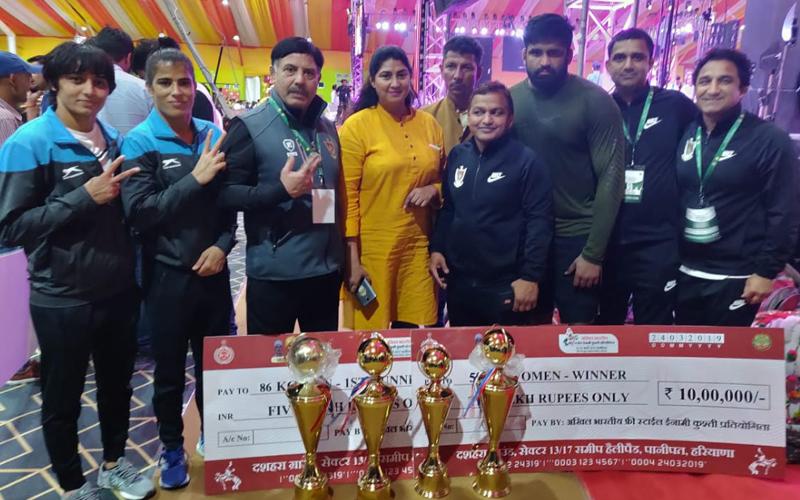 रेलवे ने अखिल भारतीय फ्री स्टाइल एक करोड़ी इनामी कुश्ती प्रतियोगिता जीती