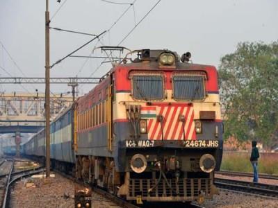 हिंसक प्रदर्शनों के चलते त्रिपुरा, असम आने-जाने वाली सभी यात्री ट्रेनें निलंबित