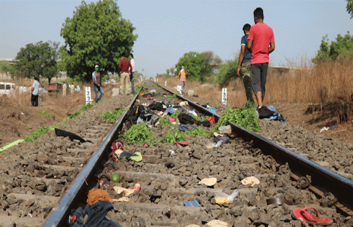 Aurangabad Rail Accident: रेलवे ने दिया 16 मजदूरों की मौत पर बयान, कहा- ड्राइवर ने की बचाने की पूरी कोशिश लेकिन...