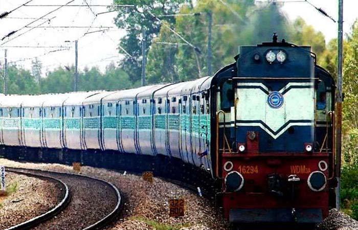 दशहरा-दिवाली और छठ के मौके पर रेलवे चलाएगा 120 फेस्टिव स्पेशल ट्रेन