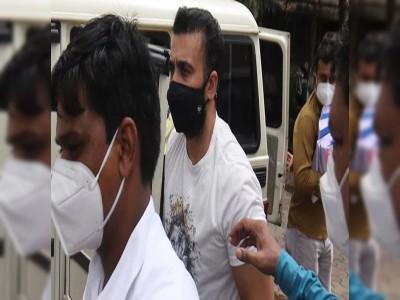 गिरफ्तारी के बाद सामने आईं राज कुंद्रा की पहली तस्वीरें