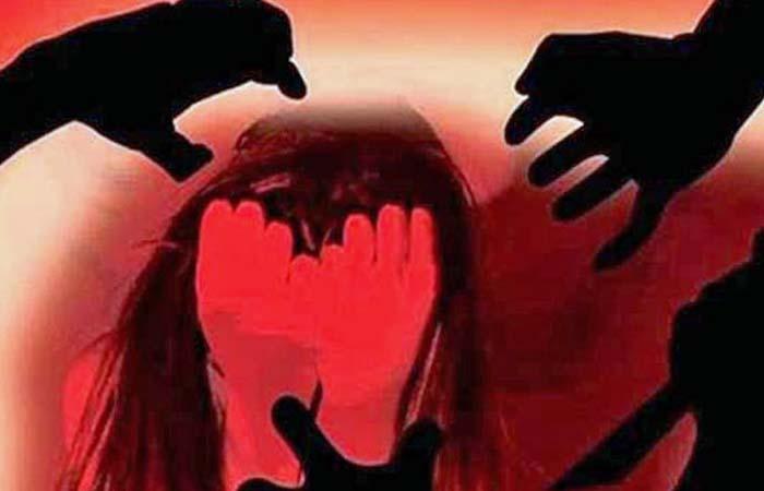 Rape: पहले ऑटो वाले ने किया रेप, फिर जिससे मांगी मदद उसने भी दिखाई हैवानियत