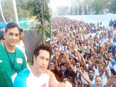पुलवामा हमला: पुश-अप के जरिए ऐसे जुटाएंगे 'क्रिकेट के भगवान' सचिन शहीदों के परिजनों के लिए मदद