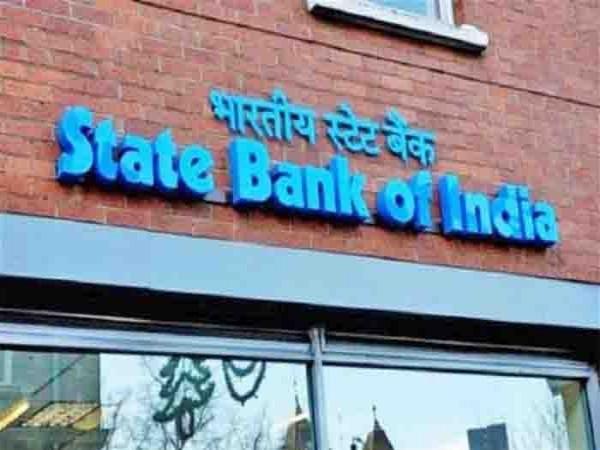 SBI में है आपका खाता तो आपके लिए बेहद जरूरी है ये खबर, ATM के नियम में हुआ बड़ा बदलाव