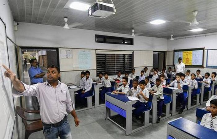 इन दिशानिर्देशों के पालन के साथ दिल्ली में कल से खुलेंगे स्कूल