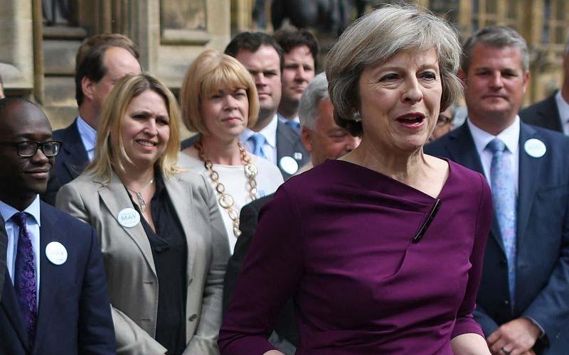 ब्रिटेन में आत्महत्या रोकने के लिए पहली बार मंत्री नियुक्त