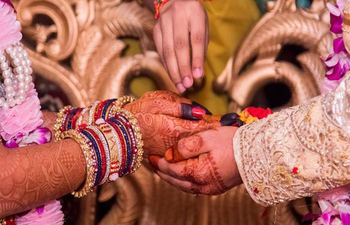 शादी की लड्डू खाने से पछतावा नहीं मिलती है ये खुशी