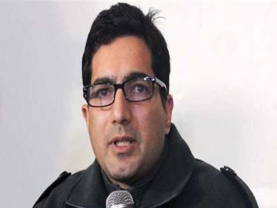 IAS और जम्मू-कश्मीर के नेता शाह फैसल पर भी लगा PSA