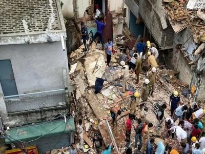 मल्का गंज वार्ड में 38 खतरनाक इमारतों पर कार्रवाई की तैयारी शुरू
