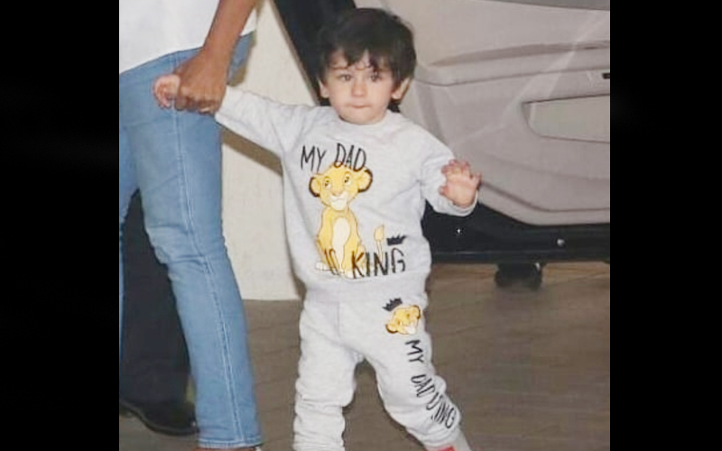 तैमूर अली खान पापा सैफ को मानते हैं अपना ' SUPER HERO'