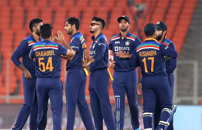 भारतीय क्रिकेट फैन्स के लिए बुरी खबर, हार्दिक पंड्या, पृथ्वी शॉ सहित 9 खिलाड़ी श्रीलंका के खिलाफ टी20 सीरीज से बाहर!