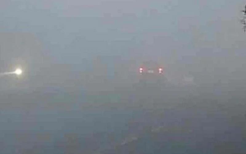 ठंड के कारण दिल्ली और बेंगलुरु में फ्लाइट्स हुई लेट
