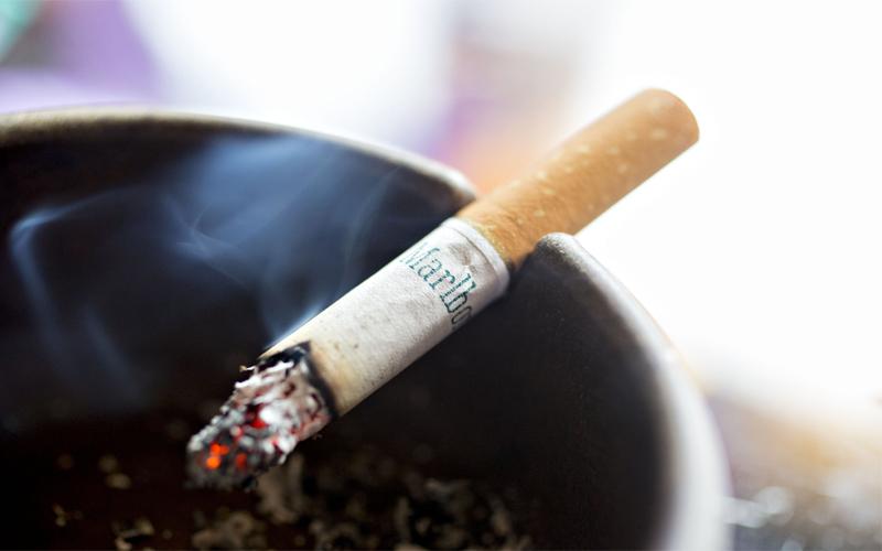 World No Tobacco Day: अगर आप स्मोक नहीं करते तो भी आपकी जान का दुश्मन बनी पड़ी है सिगरेट