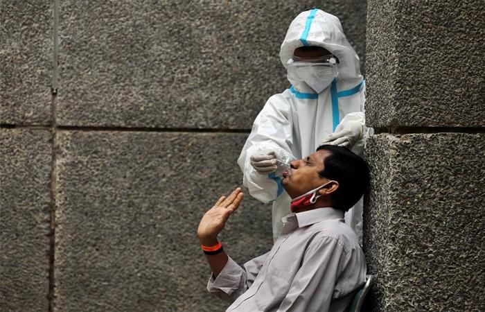Delhi Covid-19 Update: 24 घंटे में दिल्ली में आए 3,231 नए केस, 233 मौत