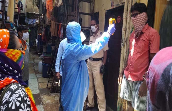 COVID-19 in India: कोरोना हुआ बेकाबू! 24 घंटे में 4.1 लाख नए केस