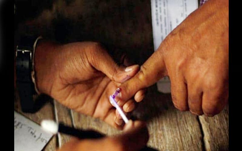 राजस्थान की 199 विधानसभा सीटों पर वोटिंग जारी