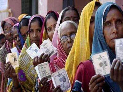 लोकसभा चुनाव : बिहार में जातियों को साधने में जुटे सियासी दल